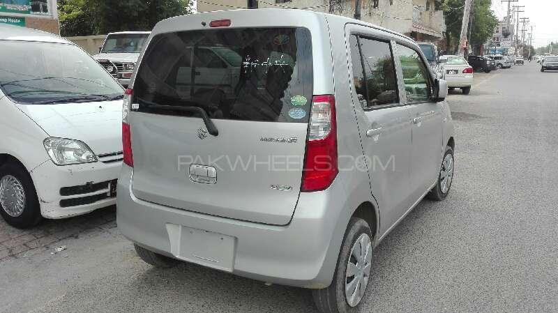 Suzuki Wagon R FX 2014 Image-2