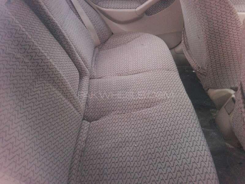 Honda Civic VTi Oriel Prosmatec 1.6 2005 Image-4