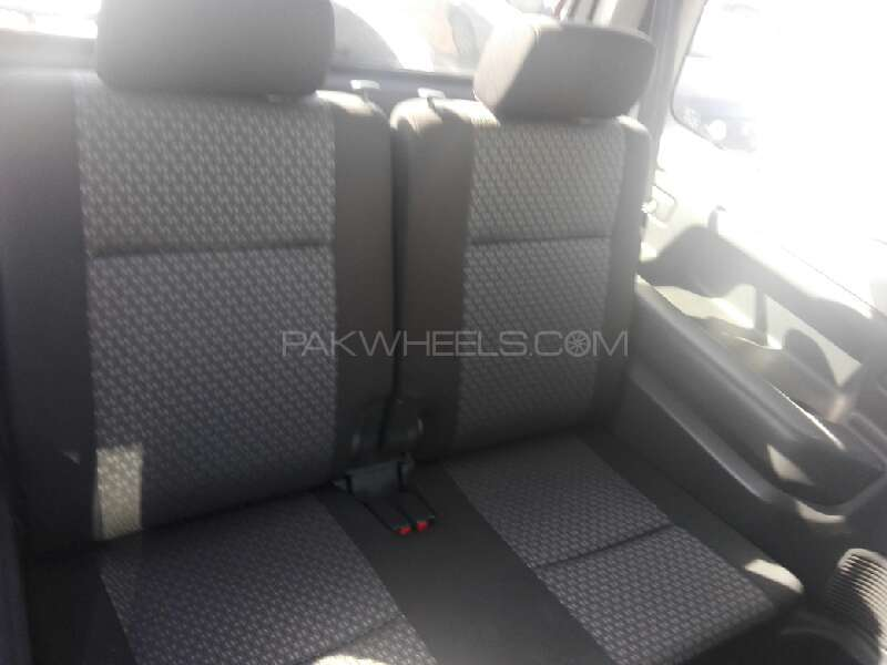 Mazda Az Offroad 2011 Image-5