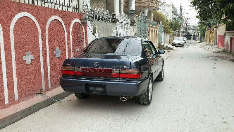 Toyota Corolla GLi Special Edition 1.6 1998 Image-6
