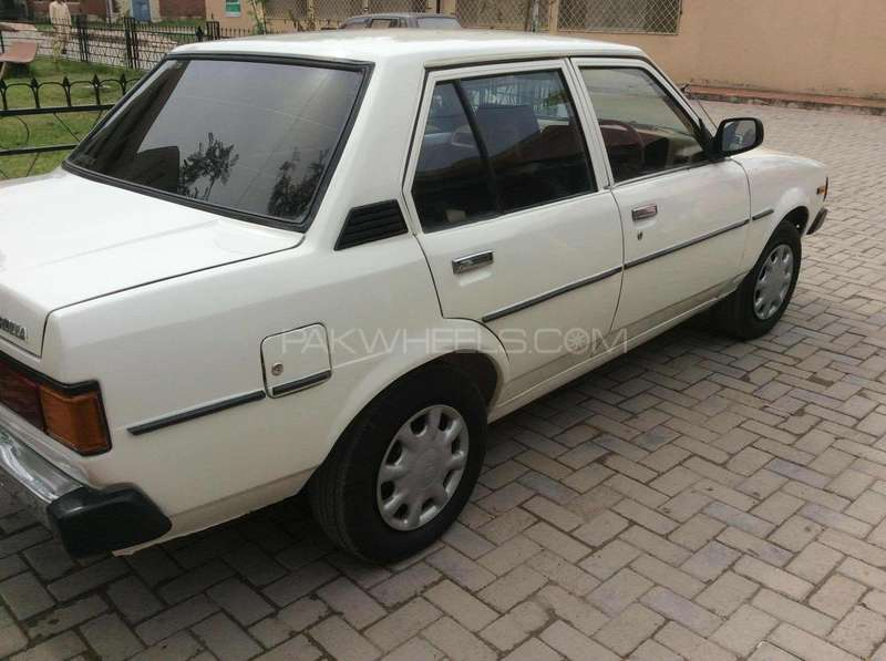 toyota corolla 1980 for sale in abottabad pakwheels. Black Bedroom Furniture Sets. Home Design Ideas