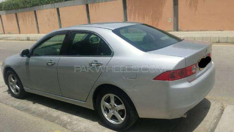 Honda Accord CL9 2003 Image-4