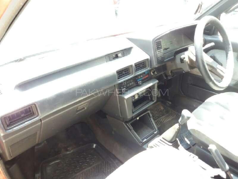Toyota Corolla 1986 Image-8