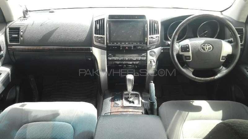 Toyota Land Cruiser AX 2012 Image-5