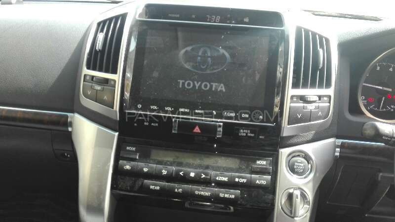 Toyota Land Cruiser AX 2012 Image-6