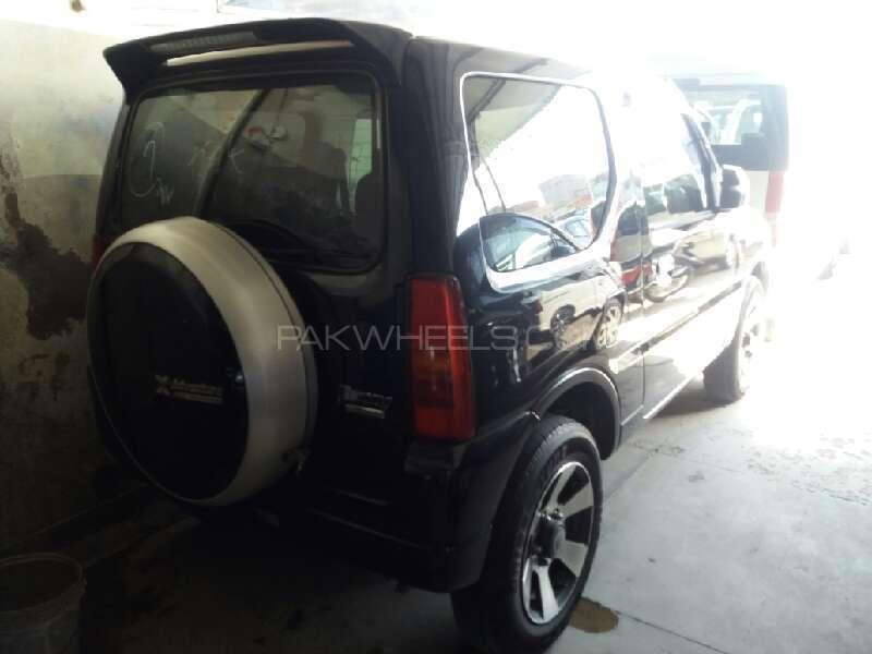 Suzuki Jimny 2011 Image-3