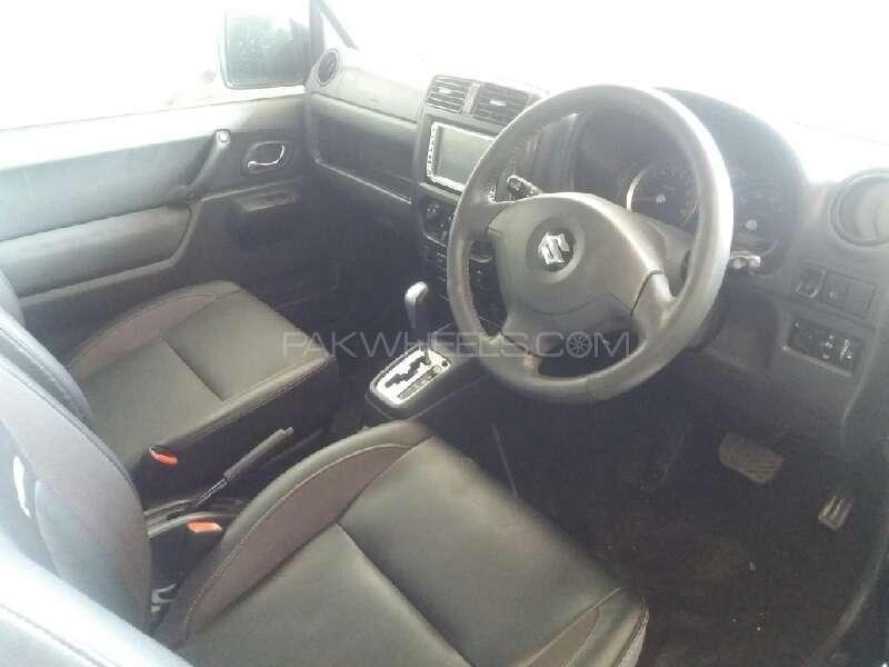Suzuki Jimny 2011 Image-9