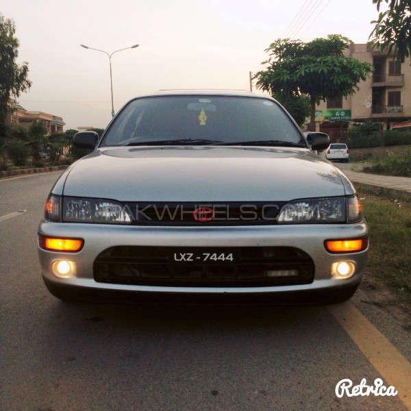 Toyota Corolla GLi Special Edition 1.6 2001 Image-4