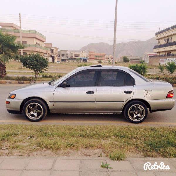 Toyota Corolla GLi Special Edition 1.6 2001 Image-5