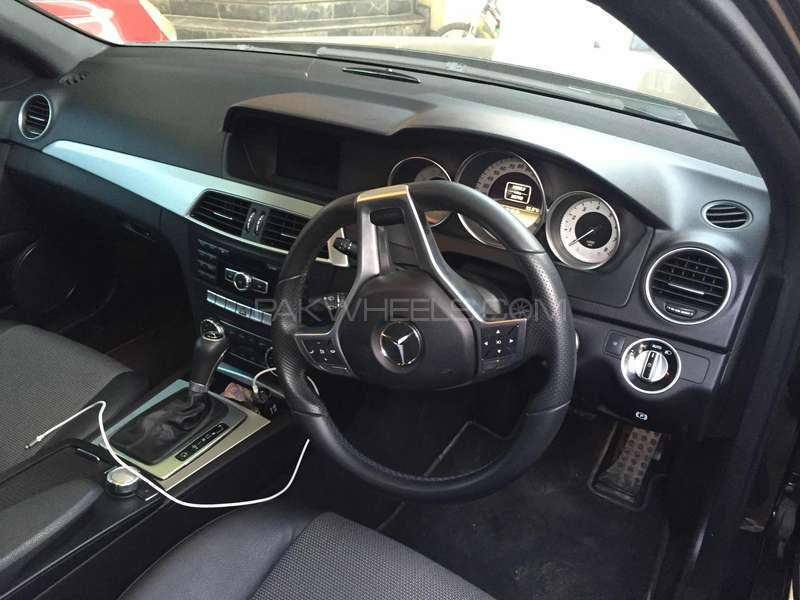 Mercedes Benz C Class C180 2012 Image-5
