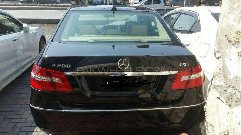 Mercedes Benz E Class E200 2012 Image-6