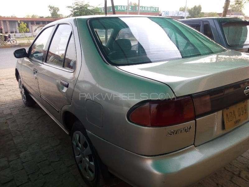 Nissan Sunny EX Saloon 1.3 1997 Image-3