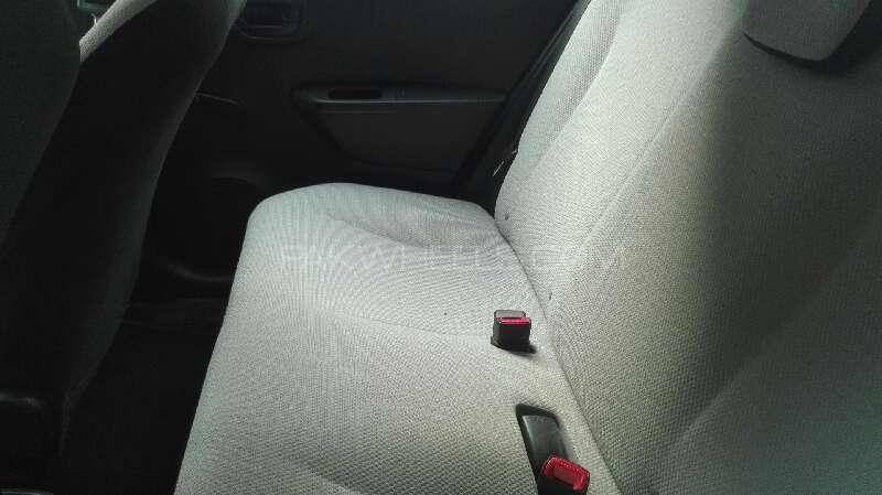 Toyota Vitz F 1.0 2014 Image-4