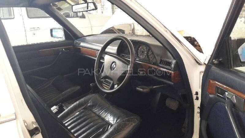 Mercedes Benz S Class 300SE 1988 Image-3