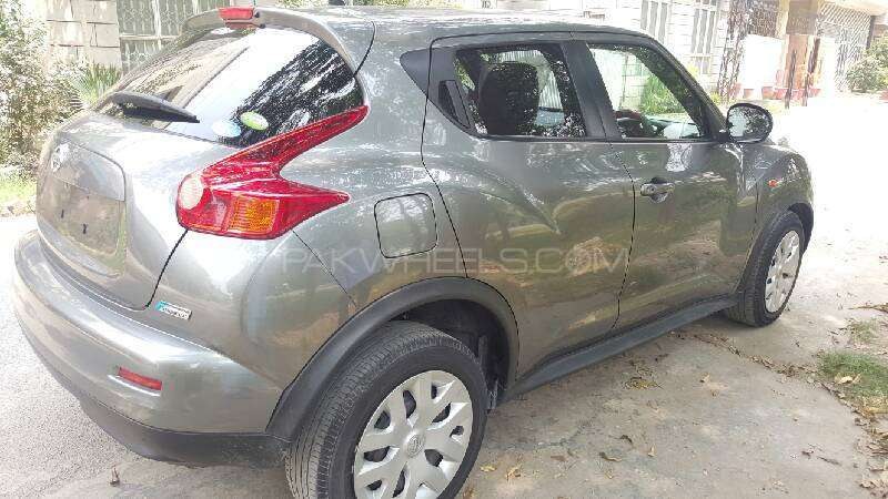 Nissan Juke 15RX Premium Personalize Package 2010 Image-4