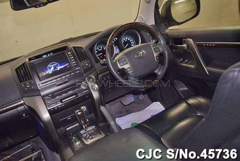Toyota Land Cruiser ZX 2011 Image-12