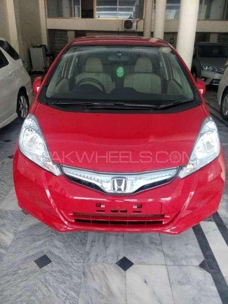 Honda Fit Hybrid Smart Selection 2012 Image-1