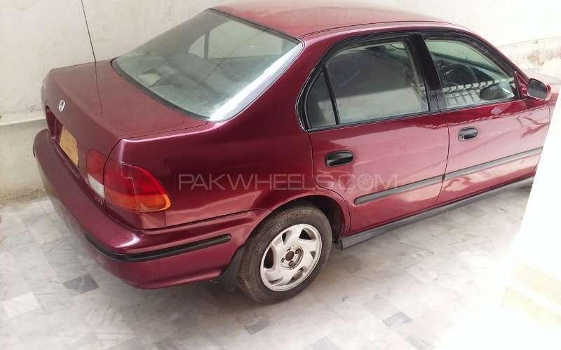 Honda Civic VTi Automatic 1.6 1997 Image-3