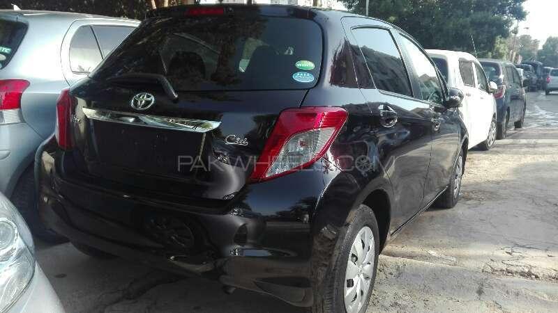 Toyota Vitz 2013 Image-8