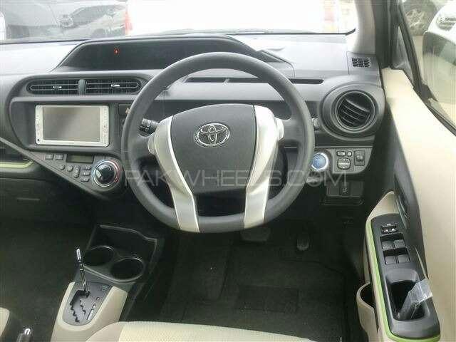 Toyota Aqua 2013 Image-3