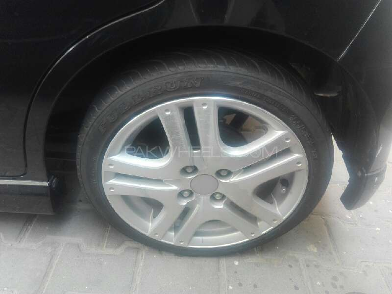 Suzuki Wagon R 2011 Image-5