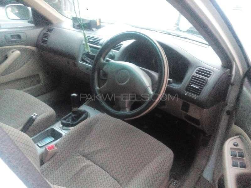 Honda Civic EXi 2004 Image-3