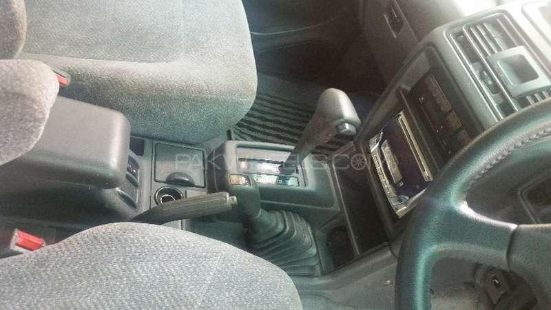 Mitsubishi Pajero 1995 Image-6