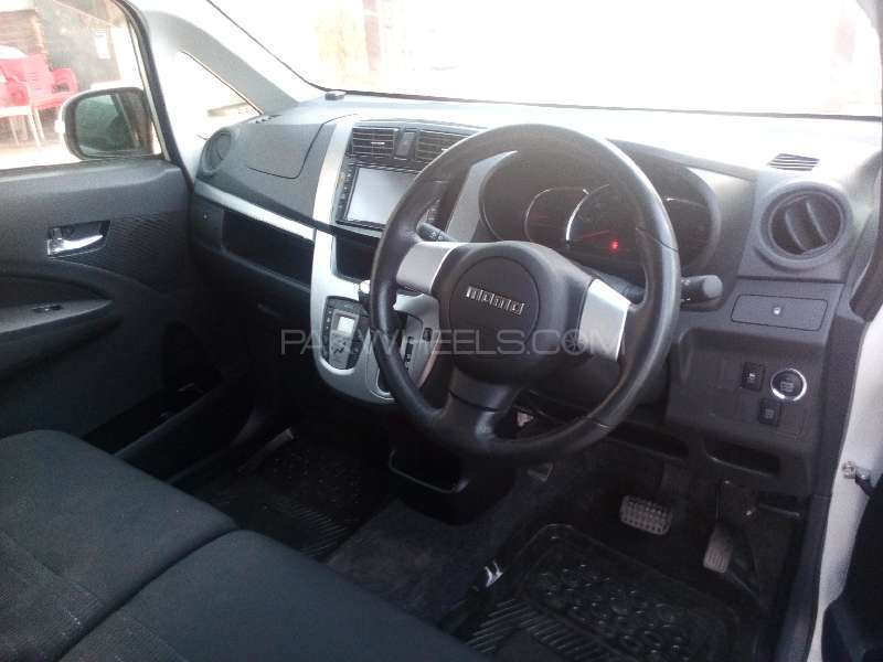 Subaru Stella CUSTOM 2013 Image-7