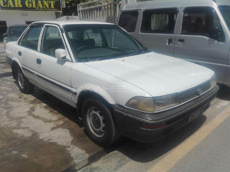 Toyota Corolla 1992 Image-2