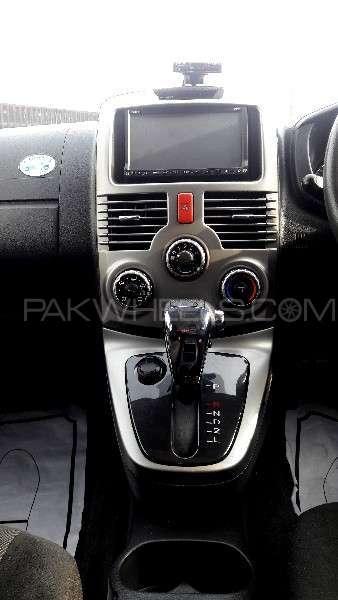 Toyota Rush 2010 Image-3