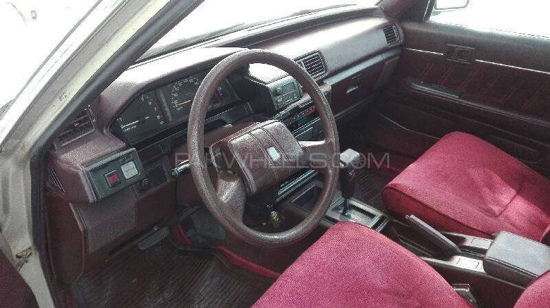 Toyota Cressida 1988 Image-16