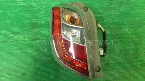 DAIHATSU MIRA TAIL LIGHT Image-1