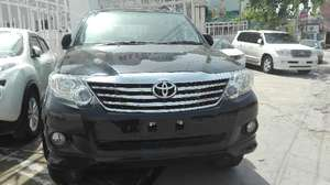 Slide_toyota-fortuner-2-7-automatic-2015-11550811