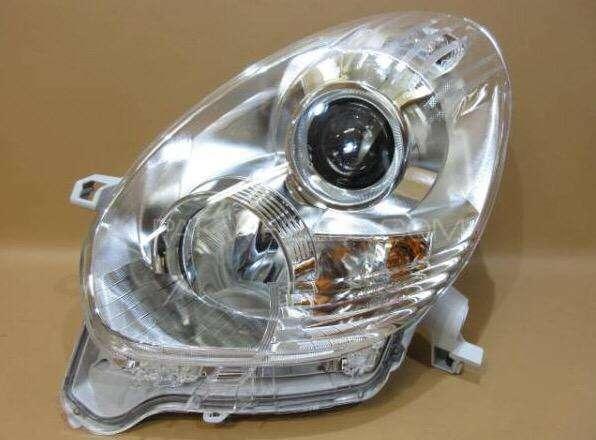 toyota passo hana right headlight 2013 Image-1