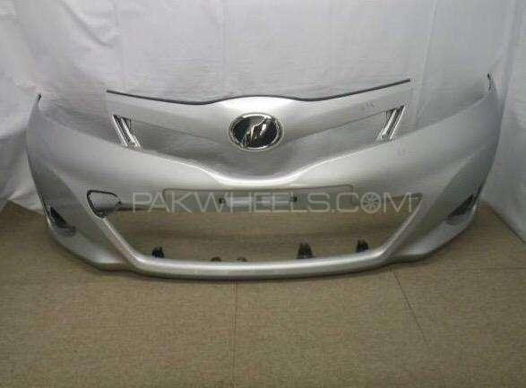 toyota vitz front bumper 2011-2013 Image-1