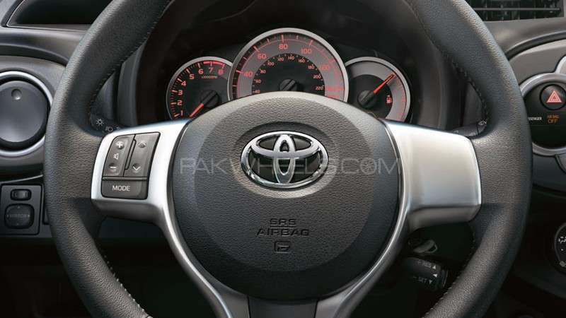Toyota Vitz Multimedia Steering Wheel Switch+ Airbag  Cover Image-1