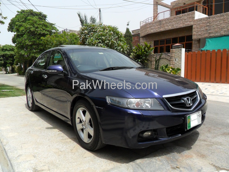 used honda accord cl9 2004 car for sale in lahore 417733 pakwheels. Black Bedroom Furniture Sets. Home Design Ideas