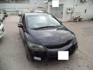 Slide_honda-civic-vti-1-8-i-vtec-oriel-2012-11803408