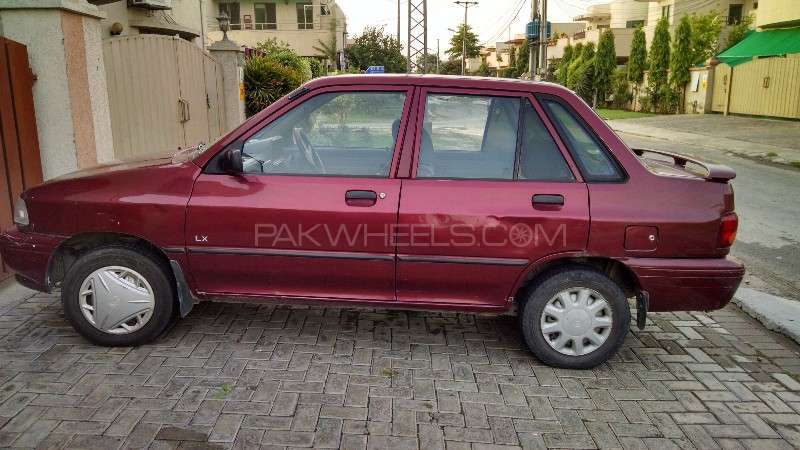 used kia classic 2001 car for sale in lahore 1677467 pakwheels. Black Bedroom Furniture Sets. Home Design Ideas