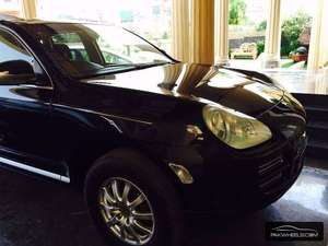 Slide_porsche-cayenne-base-model-2-2006-12123578