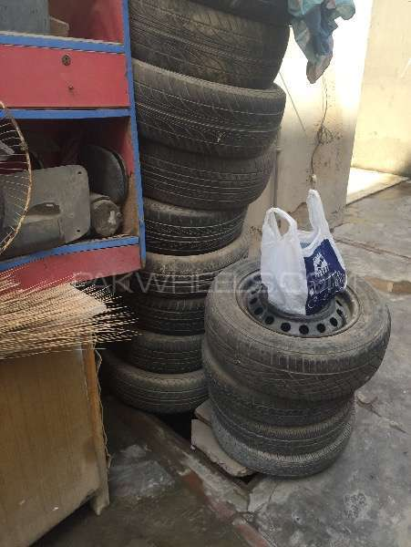 13,15 size Tyre AvaiLabLe .!  Image-1
