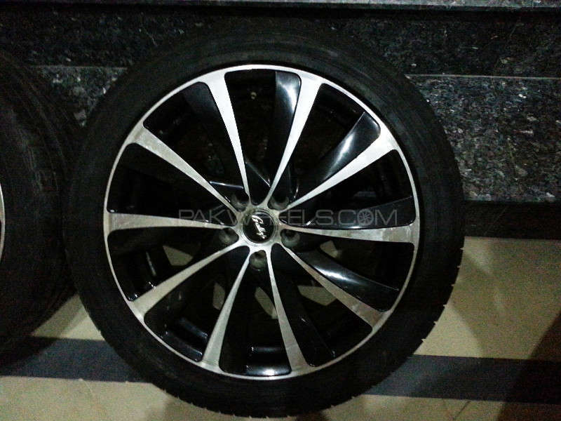 17 inch 5nutts Japnese Rims & Tyres Image-1