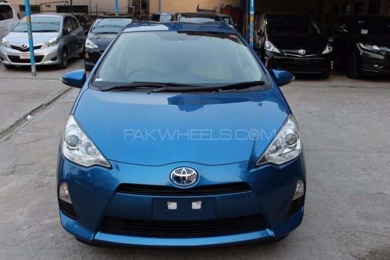 Toyota Aqua S 2013 Image-1