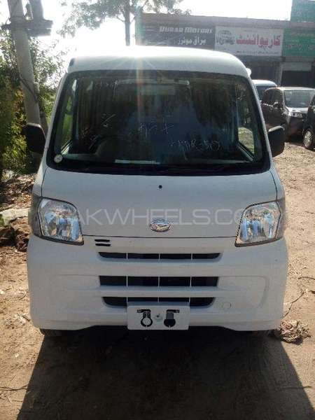 Daihatsu Hijet Deluxe 2011 Image-1
