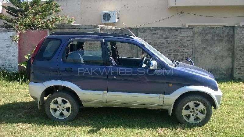 daihatsu terios 4x2 automatic 1997 for sale in taxila. Black Bedroom Furniture Sets. Home Design Ideas