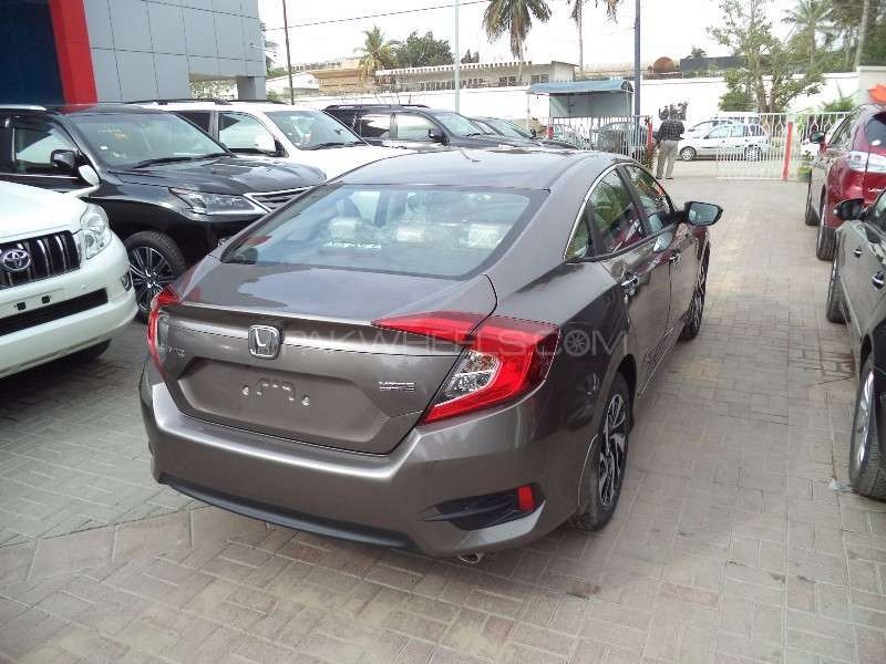 honda civic turbo 1 5 vtec cvt 2016 for sale in karachi. Black Bedroom Furniture Sets. Home Design Ideas