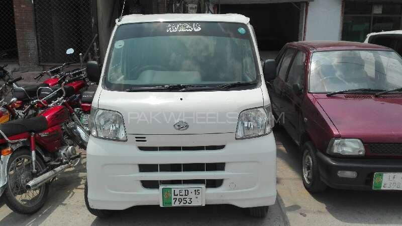 Daihatsu Hijet Deluxe 2010 Image-1