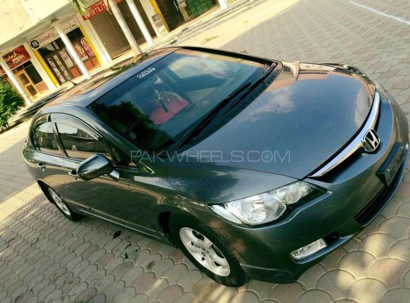 Honda Civic VTi Oriel 1.8 i-VTEC 2012 Image-4