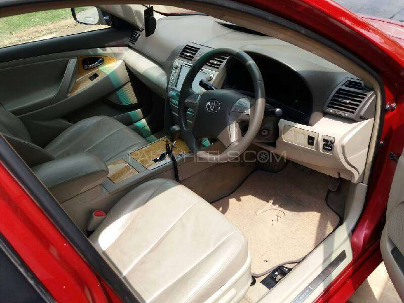 Toyota Camry Up-Spec Automatic 2.4 2007 Image-8