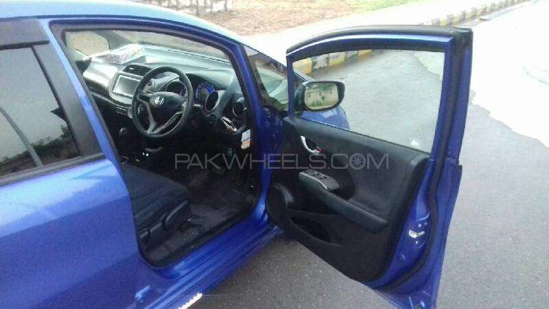 Honda Fit Hybrid Navi Premium Selection 2011 Image-8